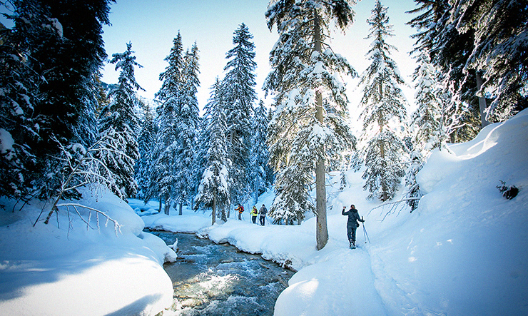 Snow shoeing in Courchevel